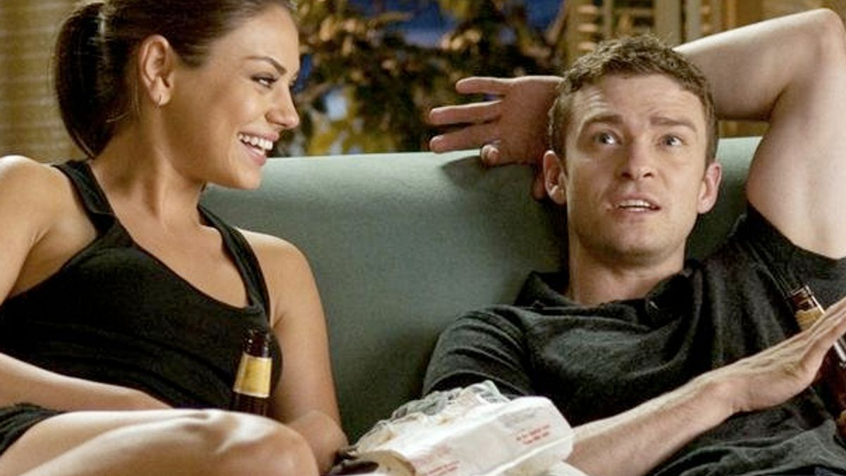 Are Friends With Benefits a Good Thing?